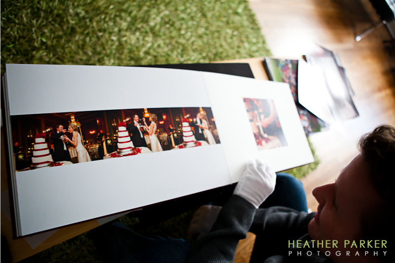 Chicago wedding photographer Queensberry Albums intercontinental hotel