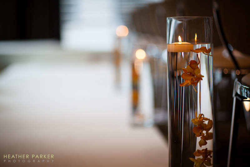 floating candle cylindrical vases for hotel wedding ceremony decor