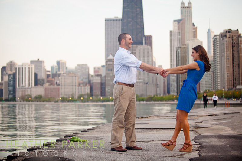 chicago skyline lakefront engagement