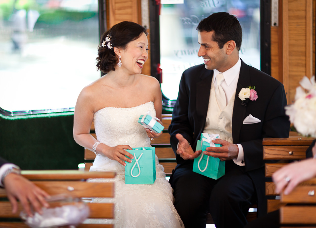 transportation wedding tips